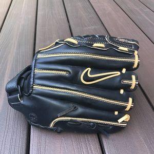 Nike De Edge 11.50 baseball glove cowhide